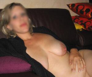 Caroline, blonde sexy pulpeuse plan cul hard Nogent-sur-Marne