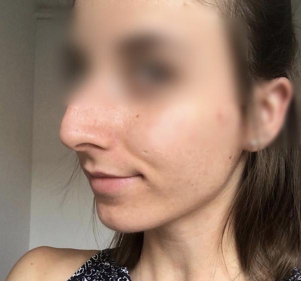 Mélanie, brune nez crochu Athis Mons