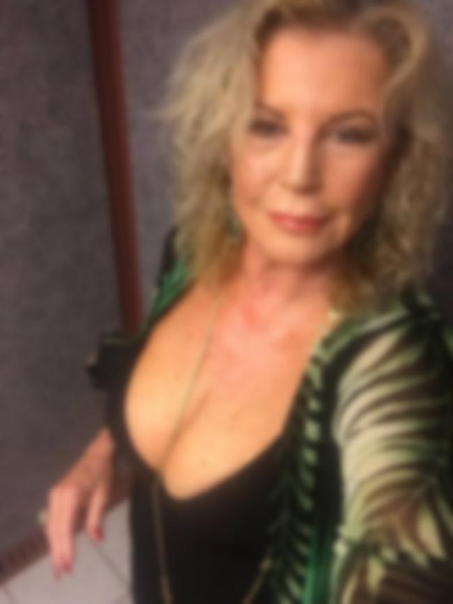 Denise, veuve en manque de sexe, La Celle Saint-Cloud
